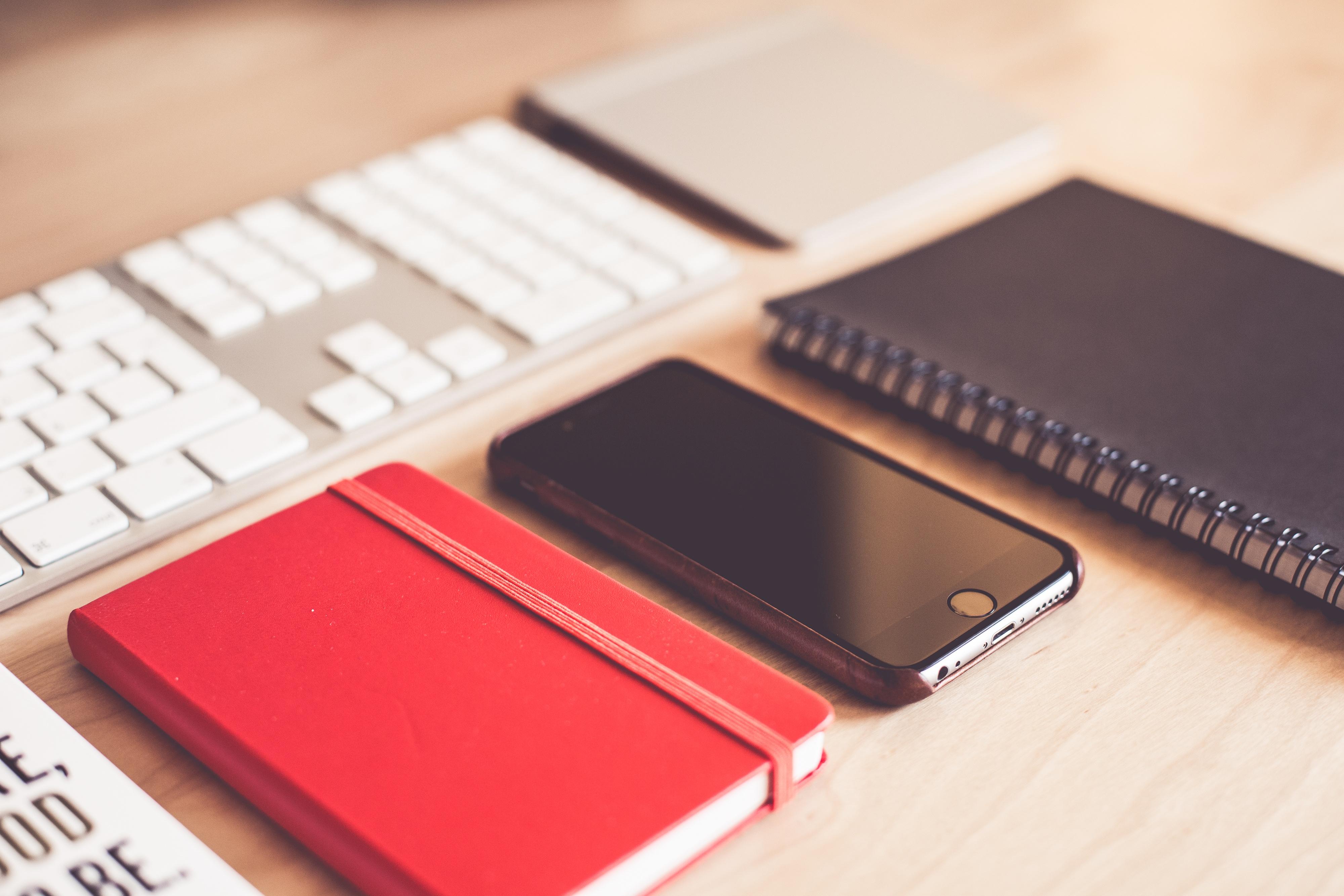 modern-graphic-designer-essentials-picjumbo-com.jpg